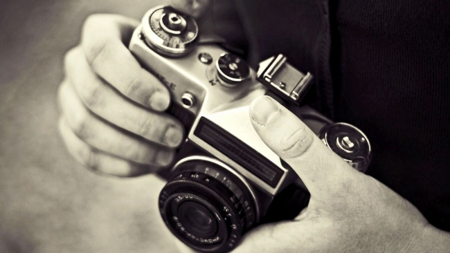 hd hintergrundbilder kamera hände schwarz-weiß-foto retro
