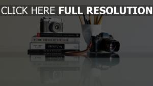 bücher kameras stifte zusammensetzung