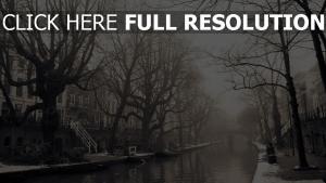 stadt nebel gebäude bäume melancholie stimmung
