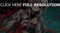 mädchen blond kimono federn hell