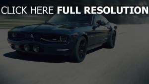 equus bass 770 muscle-car schwarz frontansicht