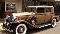 vintage straßeauto brown buick 1932 whitewall
