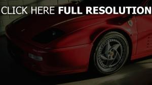 rot f512m ferrari seitenansicht