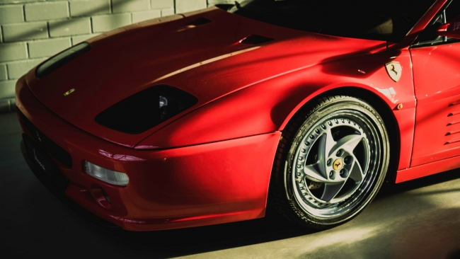 hd hintergrundbilder rot f512m ferrari seitenansicht