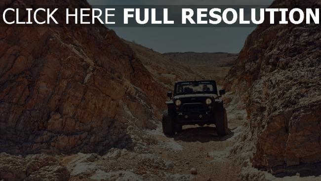 hd hintergrundbilder geländewagen felsen wüste jeep