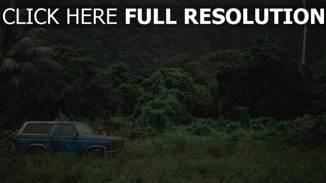 hd hintergrundbilder berge reisen auto bäume