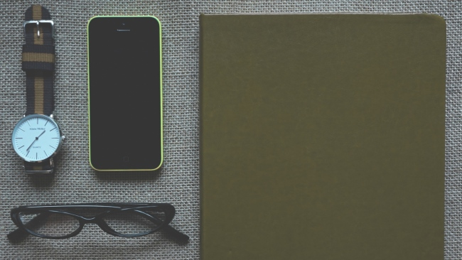 hd hintergrundbilder brille apple notebook uhren iphone telefon stifte