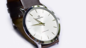 zifferblatt diamant dior armbanduhr