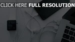 iwatch macbook apple iphone