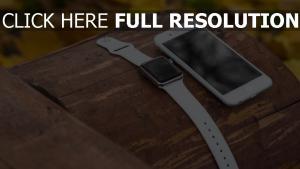 apple iwatch iphone