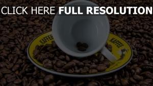 kaffeebohnen tasse untertasse