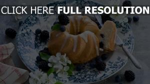 cupcake sahne brombeere gericht dessert
