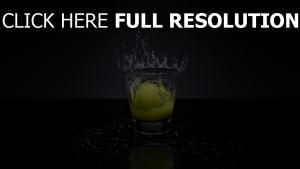 zitrone glas wasser spray zitrus