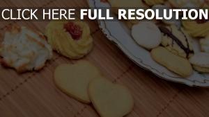 kekse marmelade baiser teller süßigkeiten