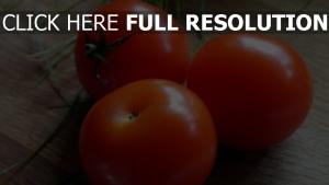 tomaten reife tisch zwiebel