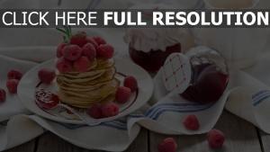 himbeere geschirr marmelade pfannkuchen