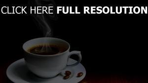 kaffee bohnen tasse untertasse dampf