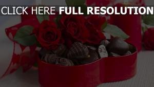 süßigkeiten rosen bonbons gürtel kerze