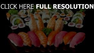 sushi brötchen fisch garnelen