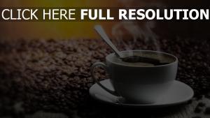 kaffee schwarz heiß dampf bohnen