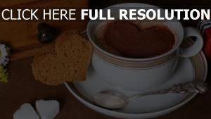 kaffee brot herz tasse löffel zucker