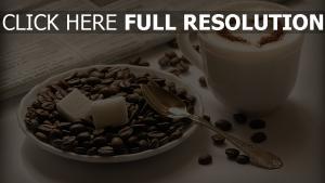 kaffee crema bohnen zucker löffel