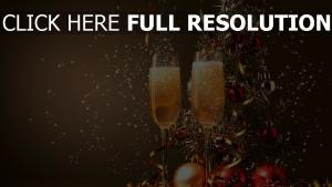 brille champagner dekoration ferien