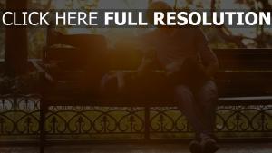 romantisch paar park datum