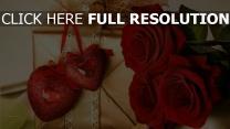 valentinstag herz rosen geschenk