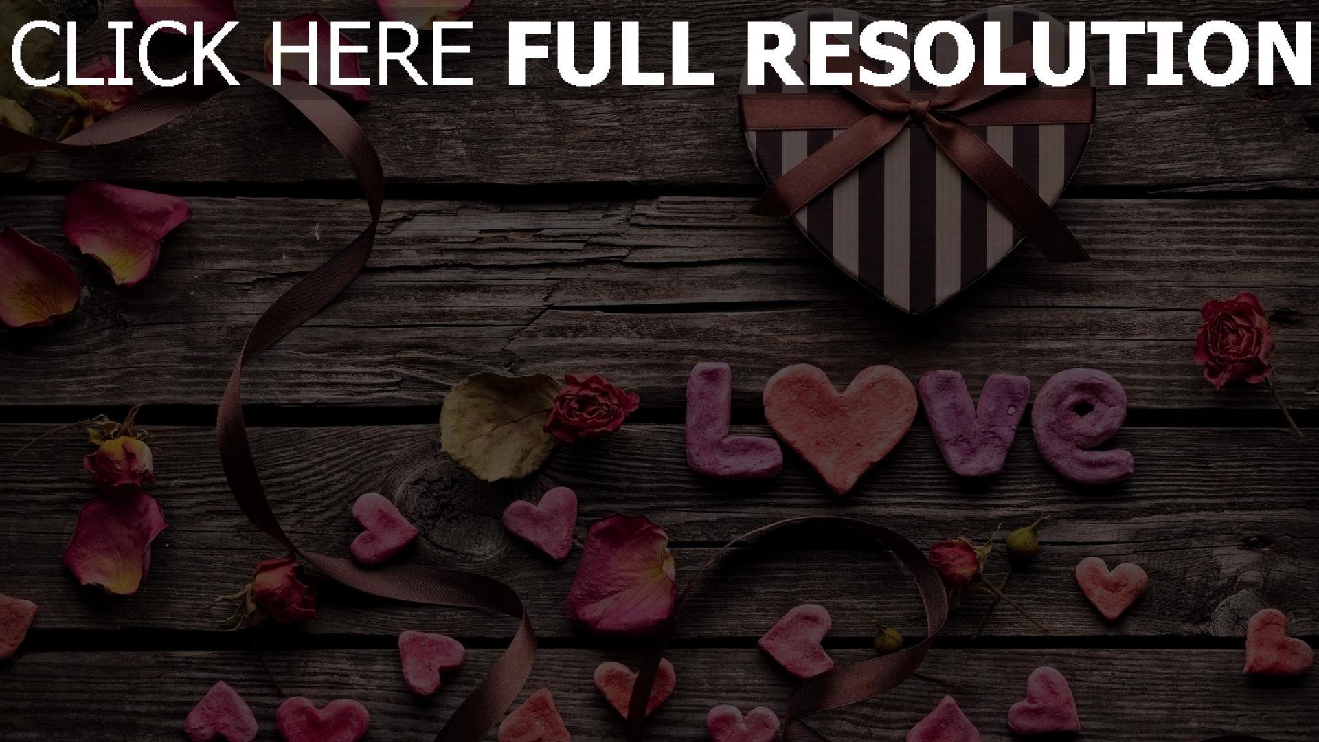 Herunterladen Hd Hintergrundbilder Valentinstag Herz Herz Blütenblätter  Briefe Geschenk ...