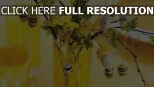 ostern zweige ei dekoration farbe gelb