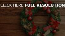 kranz kegel weihnachten neujahr tannennadeln glocken bögen