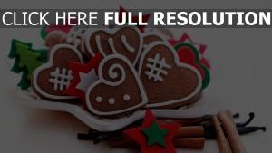 herzen teller weihnachten kekse süßigkeiten gewürze feiertage zimt neues jahr