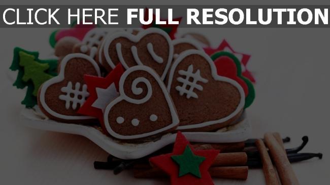 hd hintergrundbilder herzen teller weihnachten kekse süßigkeiten gewürze feiertage zimt neues jahr