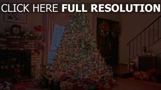 hd hintergrundbilder baum kamin feiertag weihnachten geschenke zu hause