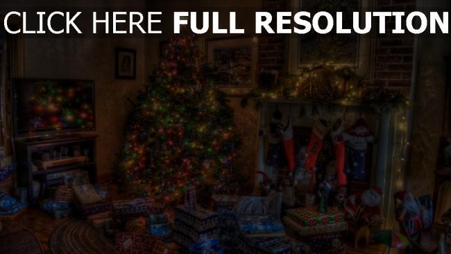 hd hintergrundbilder geschenke feiertag weihnachten baum kamin spielzeug zu hause strümpfe komfort