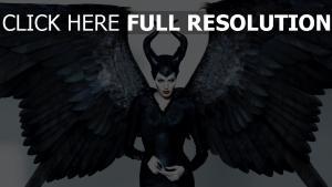 maleficent angelina jolie flügel hörner