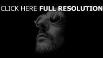 leon jean reno sonnenbrille killer schatten bart