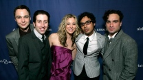 kunal nayyar simon helberg hauptfiguren johnny galecki schauspieler show the big bang theory kaley cuoco jim parsons