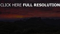 wälder berge sonnenuntergang purpurrot himmel horizont