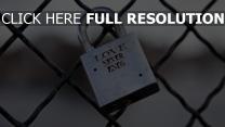 sperren mesh melall symbolisch romantisch