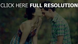 paar mädchen junge küssen romantisch