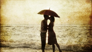 paar liebevollen kuss romantik meer