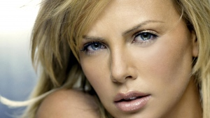 charlize theron tchauspielerin blonde