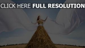 kleid stroh stapel stoff weiß