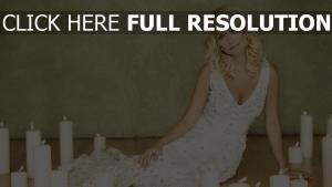 kristin chenoweth blond kleid weiß kerzen