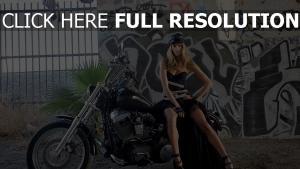 motorrad fahrrad kleidung mütze graffiti