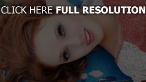 haare rot augen blau make-up