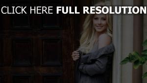 julianne hough blonde lange haare smile pullover