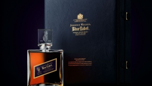 johnnie walker blue label parfüm logo stil